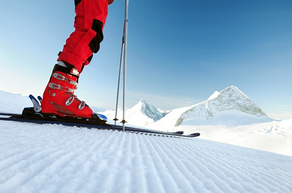 Skiing - Boots, Equipment