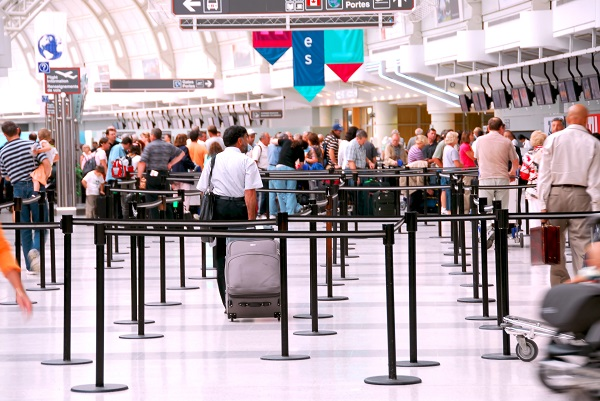 delays, airport, passengers