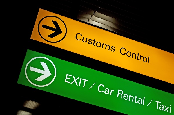 Customs control sign