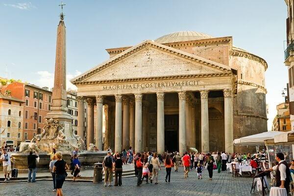 Destination-Rome-Italy-Pantheon