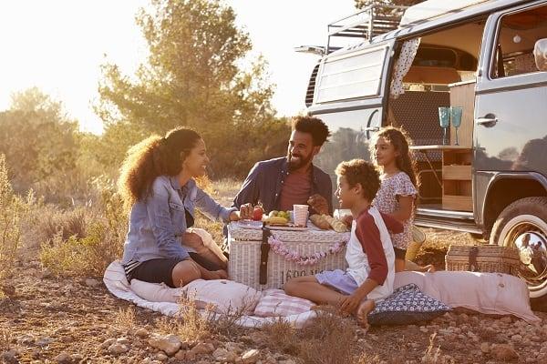 Family-Picnic-Road-Trip