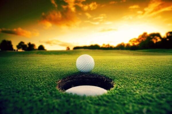 Activity-Sport-Golf-Ball